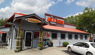 Hooters - Concord